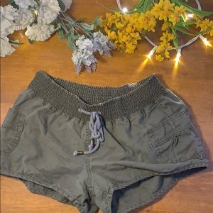 BeBop Green Shorts with elastic waist